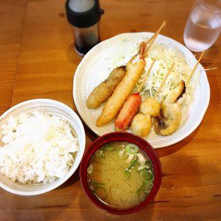 関西人はランチに串カツ食べんねんで