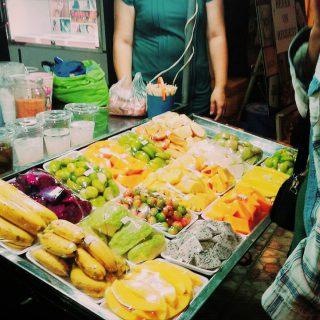 【ベトナム女ひとり旅3】マッサージとバインミー、夜のチェー、そして何故かブラを買う。