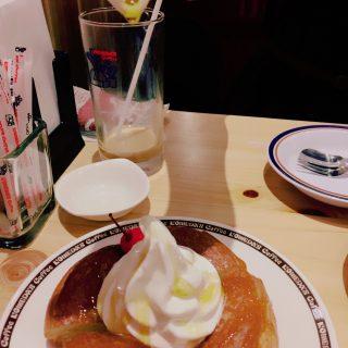 歌舞伎町のコメダでダラダラ/眉マスカラ/質素な食事